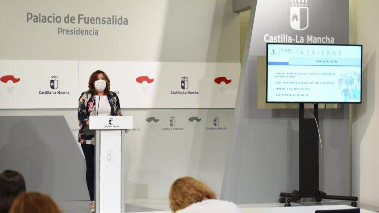 CLM aprueba dos nuevos decretos de ayudas por 11 millones de euros dedicadas a impulsar la contratación de jóvenes y al fomento del empleo indefinido
