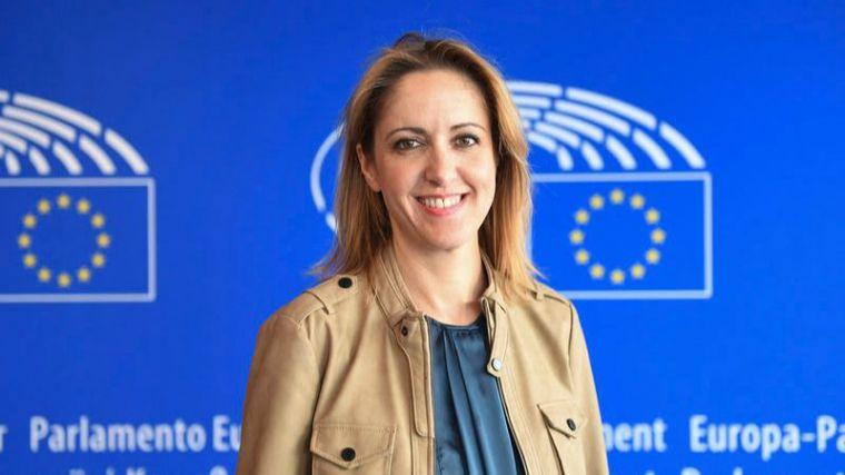 La Comisión Europea se compromete a iniciar una consulta a gran escala que sentará las bases de un ambicioso plan de acción para las zonas rurales
