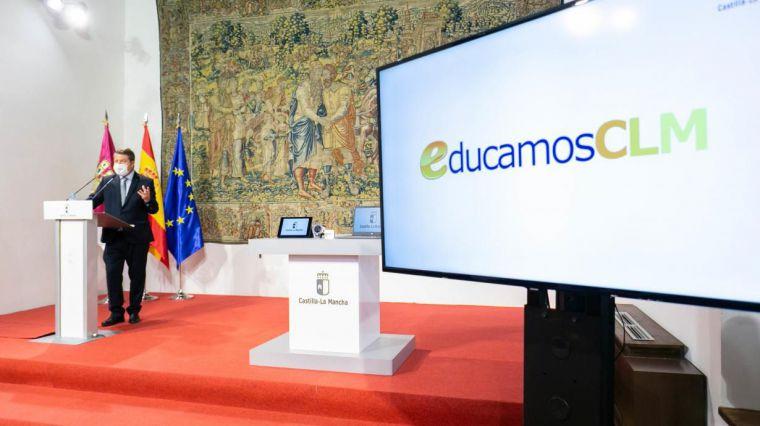 García-Page presenta la nueva plataforma digital EducamosCLM: 'Hoy tenemos los dos pies en el siglo XXI'