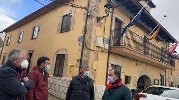 Bellido visita Cantalojas para conocer las demandas y proyectos de la zona