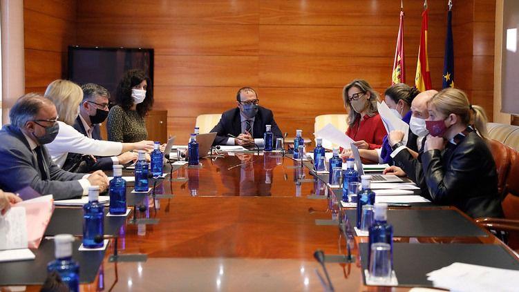 Se inicia la tramitación de los presupuestos de la Junta para 2021, que ascienden a 12.102 millones de euros