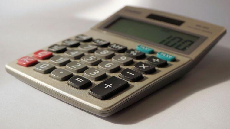 El gobierno regional reduce las facturas pendientes de pago a sus proveedores en un 58% en un año