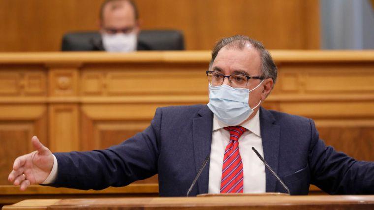 """Mora denuncia que hay quienes """"se dedican a decir quiénes son constitucionalistas y quiénes no"""""""