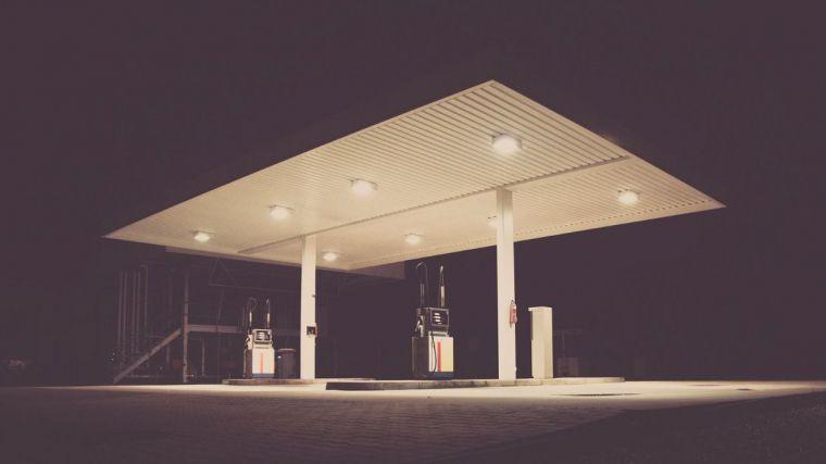 CCOO recurre el decreto de la Junta que da vía libre a las gasolineras