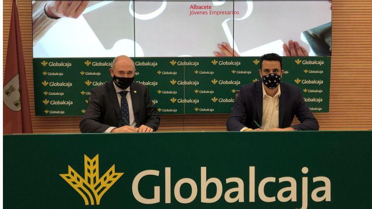 La Fundación Globalcaja y AJE renuevan la colaboración para impulsar el emprendimiento