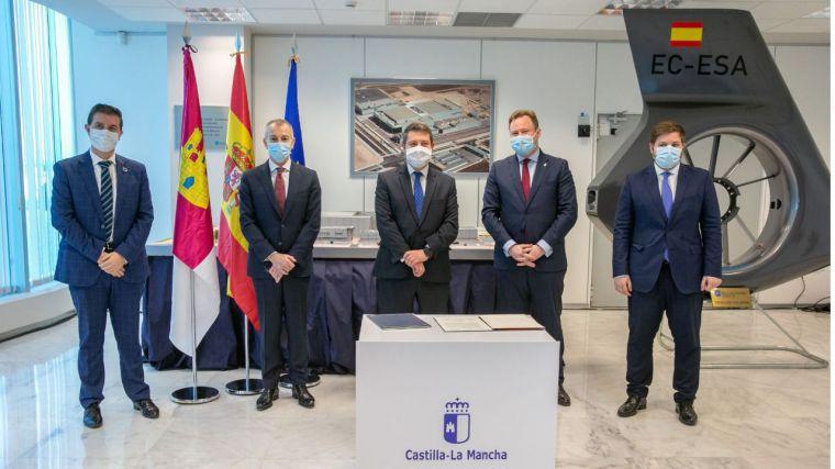García-Page avanza la adquisición de once equipos de última generación para la detección de las nuevas cepas de coronavirus