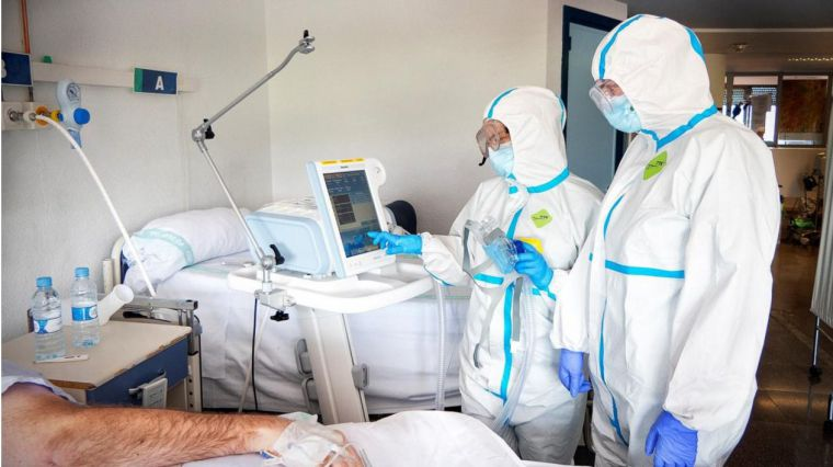 Se mantiene la tendencia descendente en la tercera ola en número de contagios, hospitalizaciones y fallecimientos