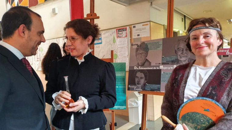Pablo Bellido,  en una visita el año pasado al colegio Alejo Vera de Marchamalo