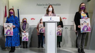 Boticaria García. Gloria Merino, Verónica Miguel y otras tres mujeres 'auténticos referentes' recibirán el reconocimiento de la Junta el 8-M