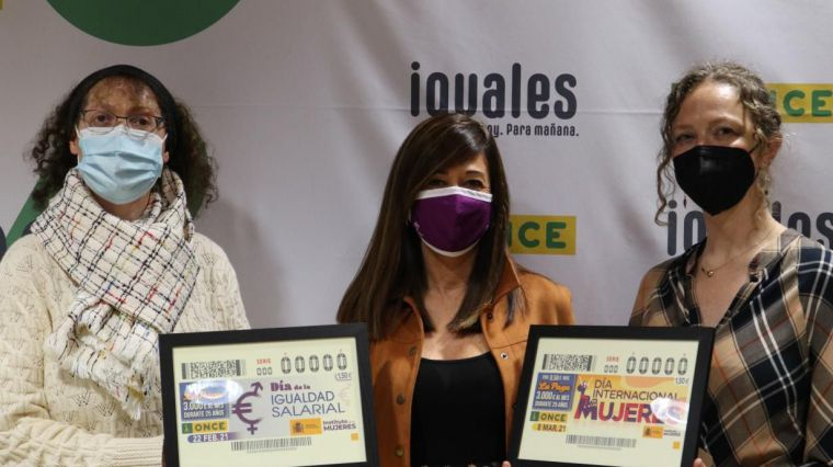 La Junta colabora con la ONCE en su tarea de reivindicación de la igualdad salarial entre mujeres y hombres