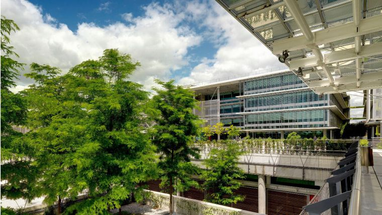 El gigante Abengoa, con plantas en el norte de Ciudad Real y proyectos en Puertollano, entra en concurso