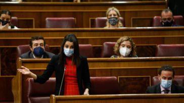 Arrimadas agita la política en un momento de fuerte crisis económica que demanda estabilidad