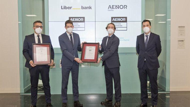 Liberbank obtiene la doble confirmación de seguridad y privacidad de la información en su banca digital