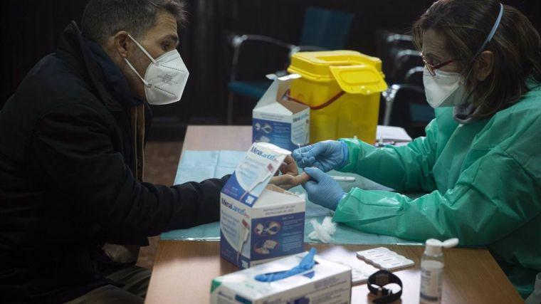 Suben los contagios de coronavirus en Castilla-La Mancha y el número de fallecidos se sitúa en 3