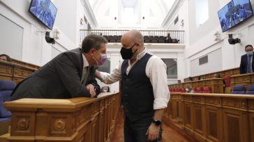 Ruiz pide dignificar la profesión en su despedida de Cortes: 'Que nadie se avergüence de decir que es político'