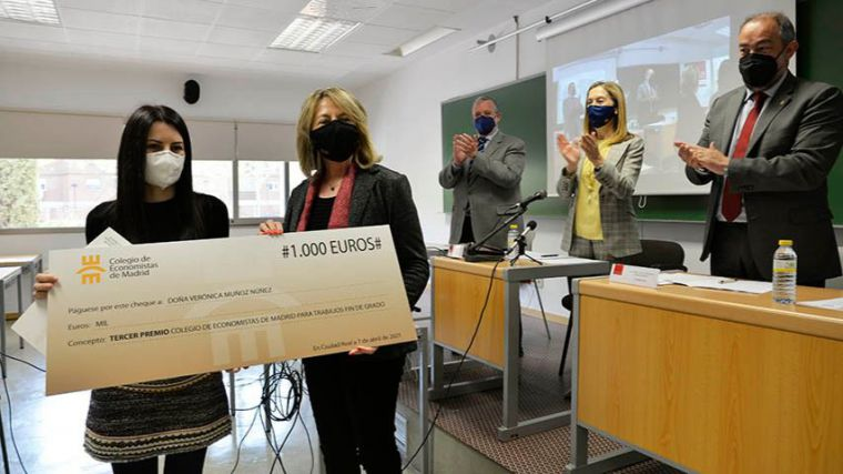 Verónica Muñoz se hace con el premio de los Economistas por sus herramientas neurocientíficas en el diseño comercial