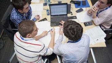 Casi el 80% de los jóvenes castellanomanchegos están dispuestos a marcharse fuera para trabajar