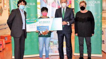 Apace contará con 7.000 euros de Eurocaja Rural para favorecer la inserción laboral de personas con parálisis cerebral