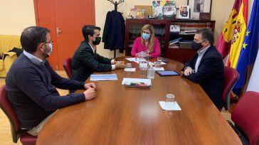 AJE Cuenca valora con la Junta seguir trabajando en la potenciación del emprendimiento desde la educación