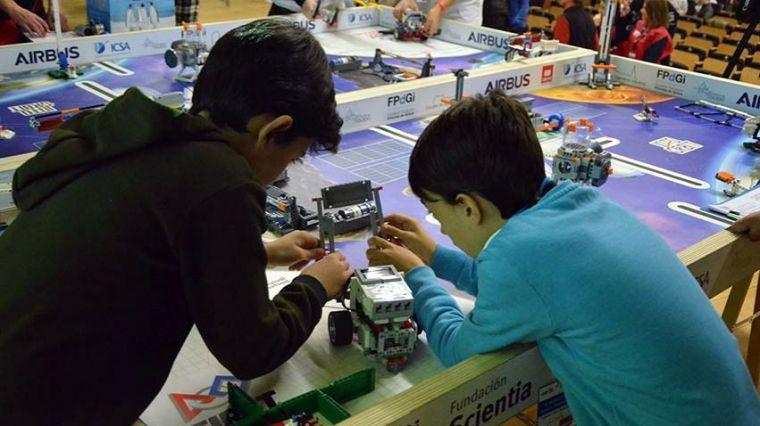 El torneo First Lego League Toledo acoge a doce equipos de la región