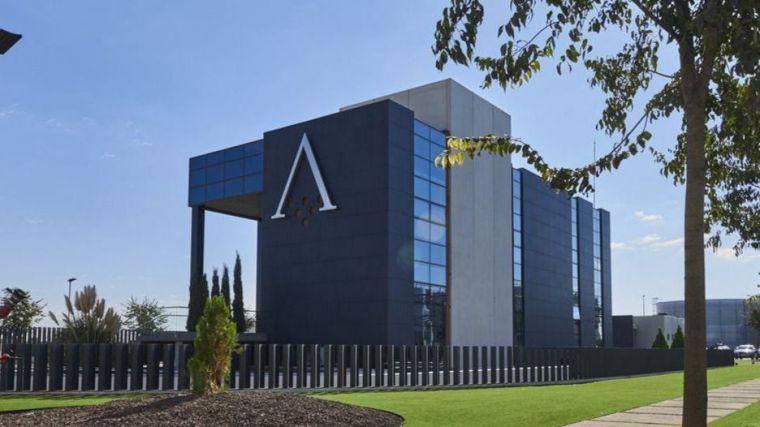 Banca March gana 43,3 millones de euros con la venta de su participación en Alvinesa (Daimiel)