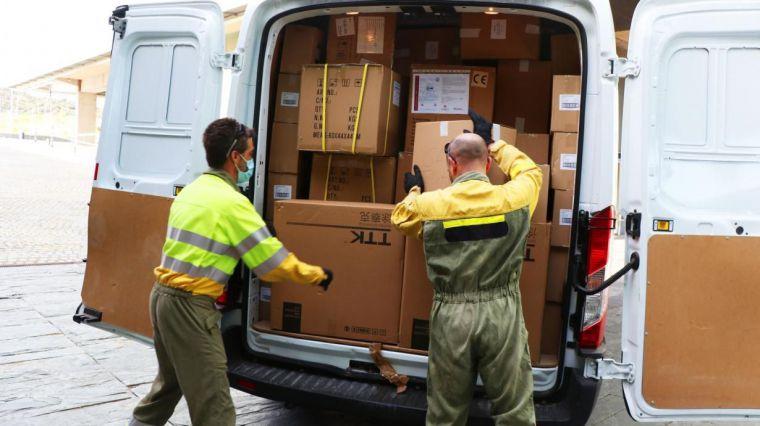 El Gobierno de Castilla-La Mancha ha distribuido esta semana otros 300.000 artículos de protección en los centros sanitarios
