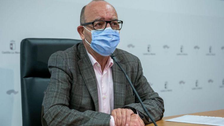 CLM adelantará segunda dosis de la vacuna a interinos aspirantes a oposiciones de educación si Sanidad la autoriza