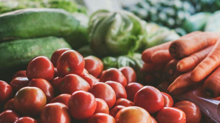 PwC considera que la subida del precio de los alimentos puede poner en peligro la recuperación