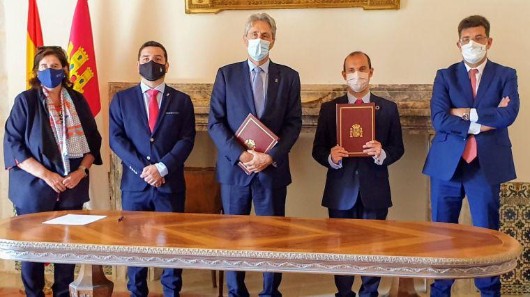 Las Cortes regionales firman un convenio con la Universidad de Alcalá para colaborar en igualdad de género y despoblación rural