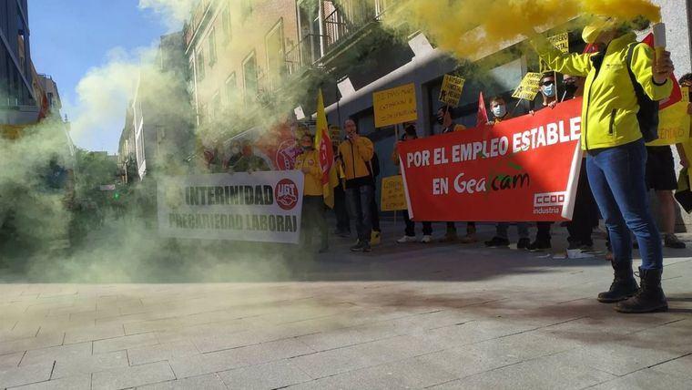 Los trabajadores de Geacam amenazan con llevar su huelga a la campaña de extinción si Gobierno no cambia de