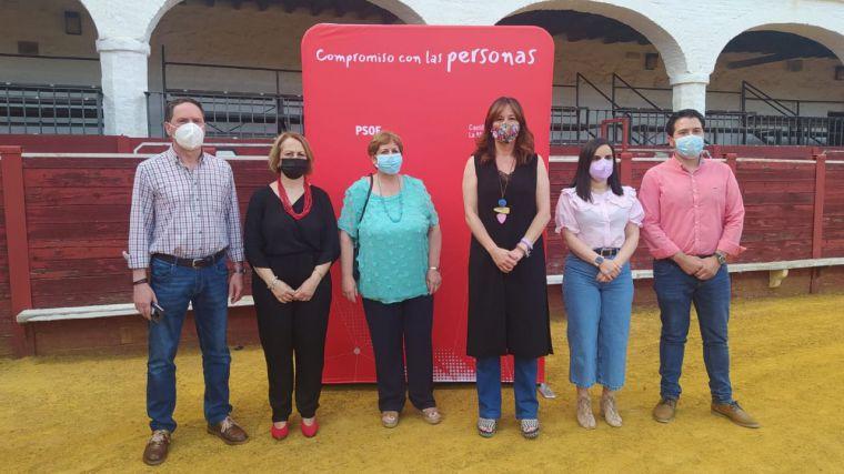 Blanca Fernández destaca en Almadén la lección de responsabilidad que ha dado la ciudadanía durante toda la pandemia