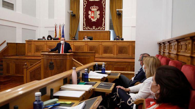 """Las Cortes regionales aprueban cuatro resoluciones contra los indultos del 'procés' y para investigar la corrupción """"a fondo y con todas las consecuencias"""""""