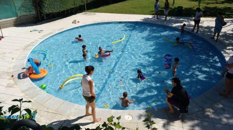 El programa de actividades acuáticas de la Diputación supera los 5.000 participantes y más de 40 cursos