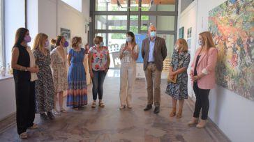 El Gobierno de Castilla-La Mancha lleva a Cuenca la obra de mujeres artistas de la región gracias a la Muestra de Mujeres 'Amalia Avia'