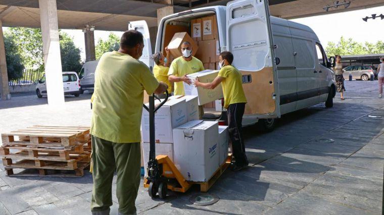 El Gobierno de Castilla-La Mancha ha distribuido esta semana más de 275.000 artículos de protección a los centros sanitarios