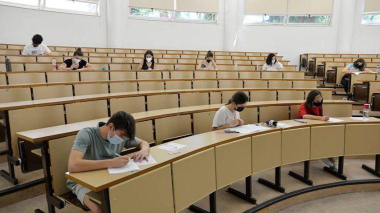 El 81,50 % de los estudiantes aprueba la convocatoria extraordinaria de EvAU en el distrito universitario de Castilla-La Mancha