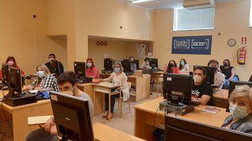 Empresas y trabajadores integradas en ACEM han realizado el curso de organización empresarial y recursos humanos