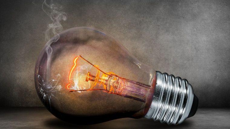 Nueva subida de la luz y el butano cuyo precio amenaza a las economías familiares y a los costes de producción industrial