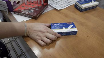 El Consejo de Ministros aprueba la venta sin receta de test de antígenos en farmacias