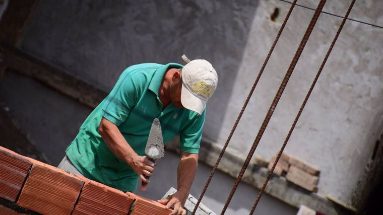 Un total de 903 castellano-manchegos han estado de baja laboral por COVID hasta mayo de 2021