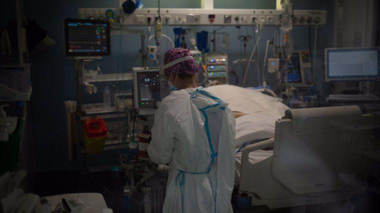 El fin de semana deja 2.448 casos nuevos de coronavirus en Castilla-La Mancha y tres fallecidos