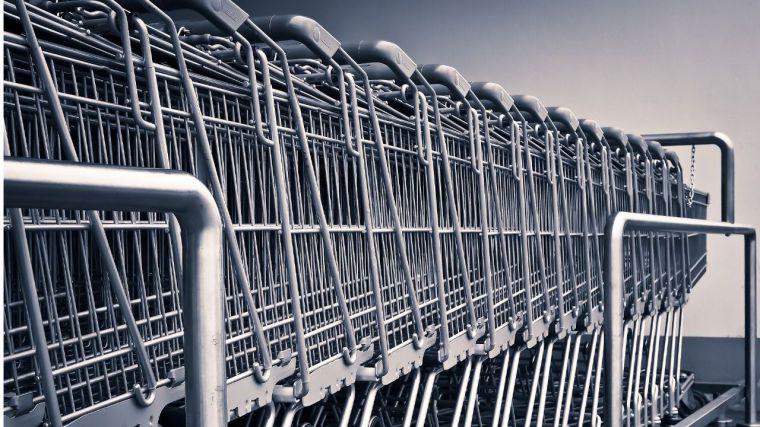 El gasto en grandes superficies de alimentación cae un 20%, volviendo a las cifras previas al Covid-19