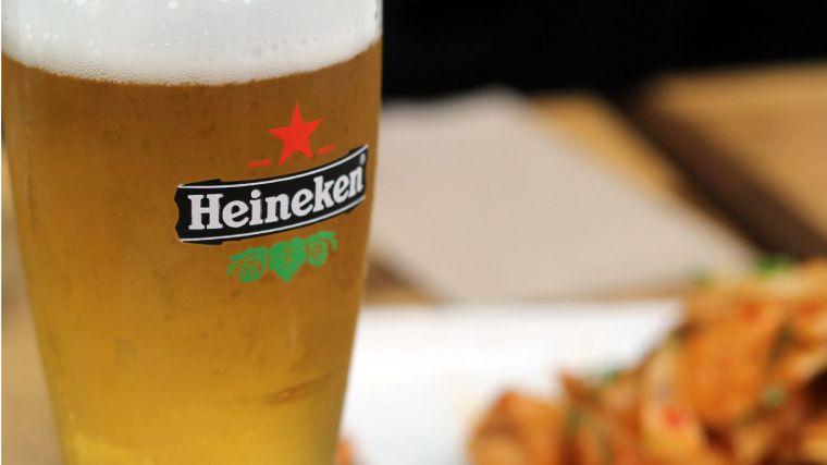 Heineken vende casi un 10% más en España hasta junio, con un alza superior al 20% en hostelería