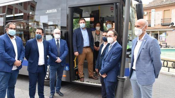 En la foto de archivo, la entrada en circulación de los autobuses a gas de AISA en la línea Miguelturra-Ciudad Real