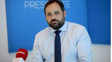Núñez, dispuesto a gobernar con Vox quiere que su rival sea García-Page