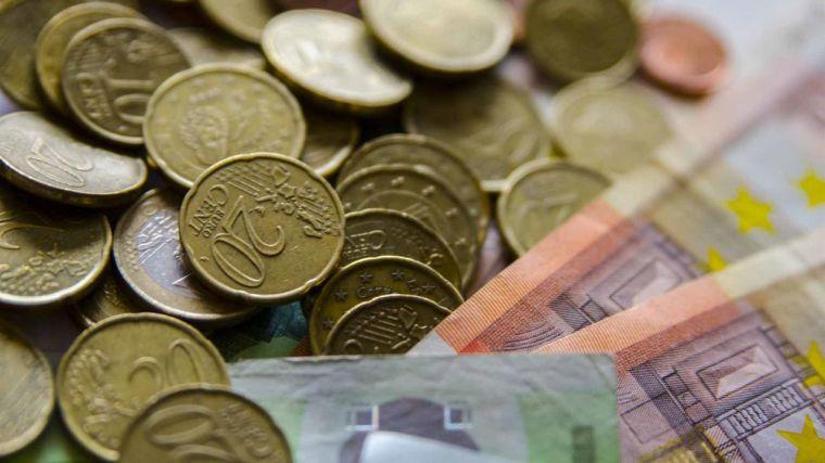 La deuda pública de las administraciones públicas alcanzó en junio los 1,42 billones de euros, un nuevo récord que supera el 122% del PIB