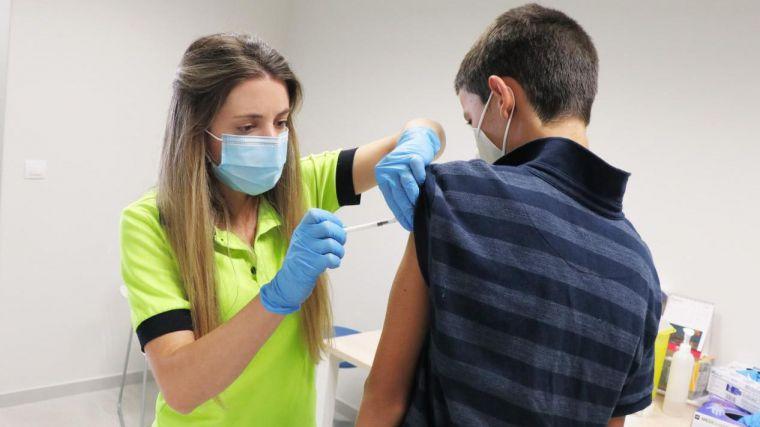 CLM ha administrado 76.000 dosis de vacunas contra el COVID-19 en la última semana