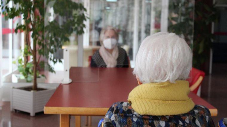 Continúa el descenso de casos de Covid en las residencias de ancianos, en una jornada con 4 fallecidos en CLM
