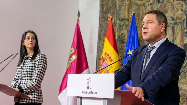 Arrimadas saca pecho por el papel de Cs en la región , mientras Page le agradece su voluntad de mantener los pactos con el PSOE