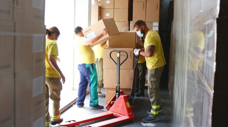 El Gobierno de Castilla-La Mancha ha distribuido más de 52 millones de artículos de protección en los centros sanitarios desde el inicio de la pandemia